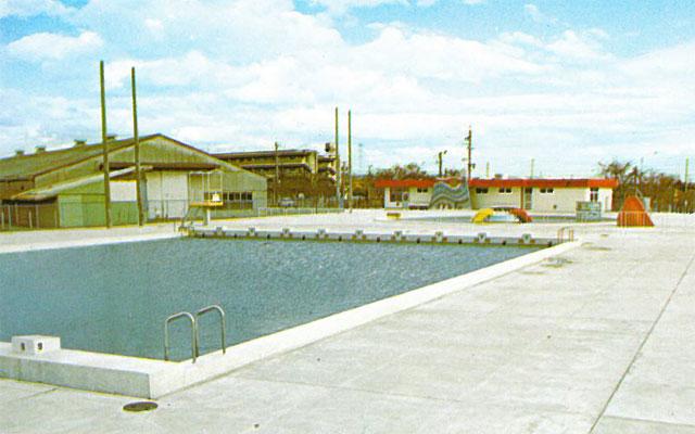 扶桑町町民プール